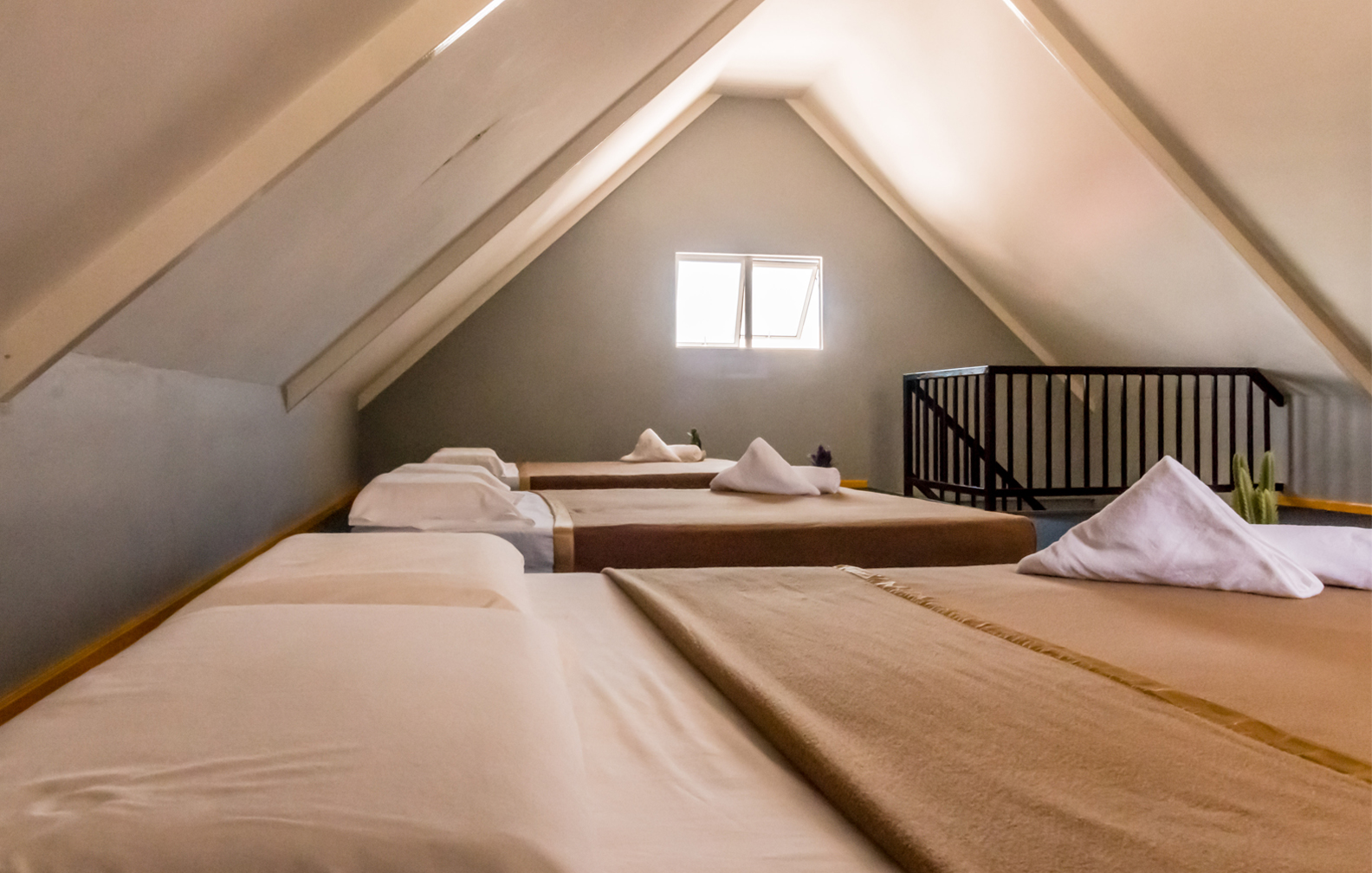 3 Beds at first floor